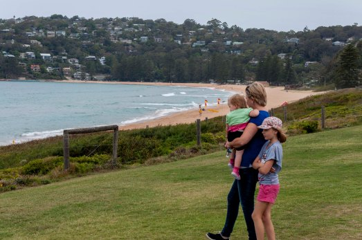 """Home & Away"" - Summer Bay - Palm Beach"